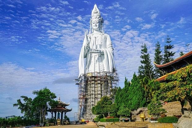 địa điểm du lịch đà lạt Chùa Linh Ẩn