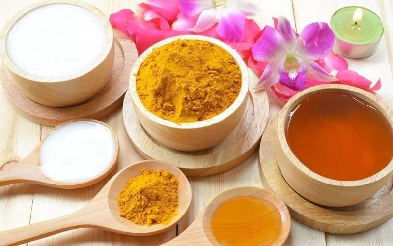 Tác dụng của trứng gà mật ong và nghệ