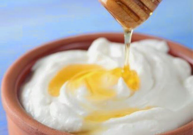 cách đánh trứng gà với mật ong