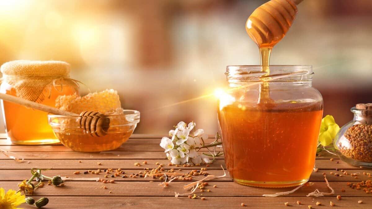 Mật ong giúp thúc đẩy hệ tiêu hóa
